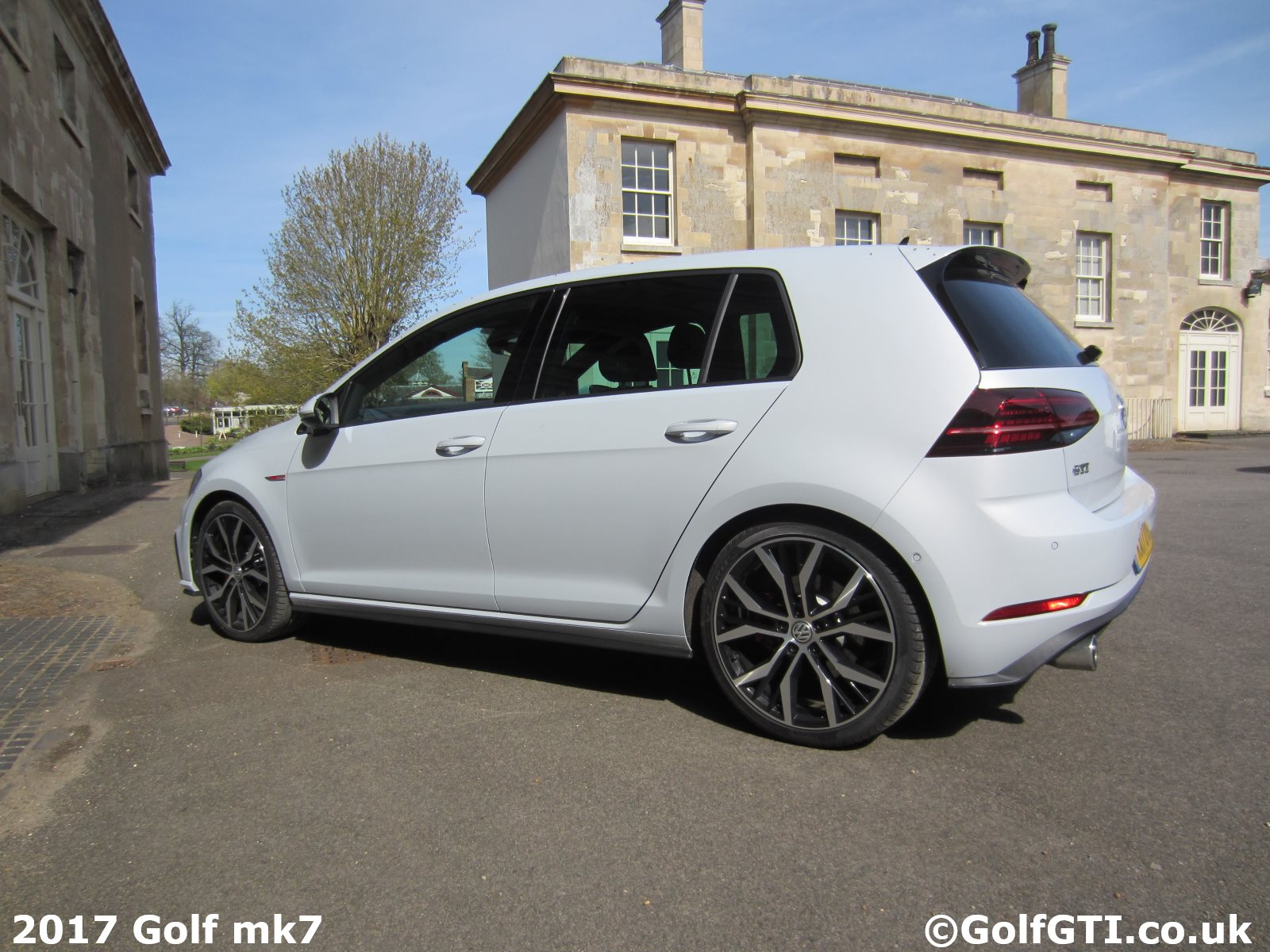 golfgti co uk mk7 golf 2017 updates vw golf gti dsg vs manual golf 7 gti dsg or manual